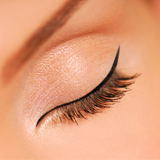 Yeux eye liner maquillage permanent Nantes Pornic